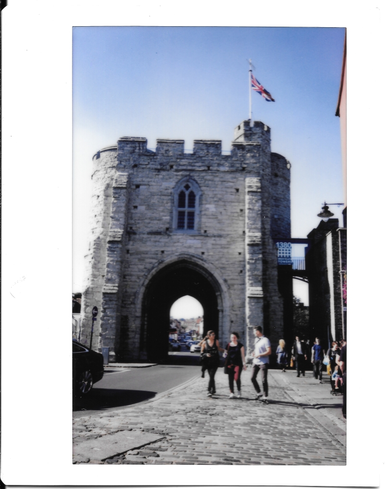 Canterbury gate